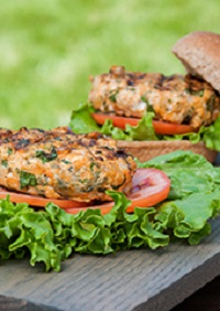 Sweet Potato and Spinach Turkey Burgers